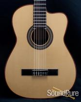 Buscarino Grand Cabaret Nylon String Acoustic Guitar - Used