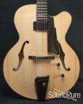 Eastman AR880CE-BD John Pisano Signature Archtop Guitar 5536