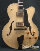 Eastman AR803CE-16D Blonde Archtop Guitar 10545630