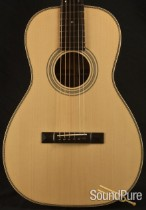 Eastman E20P Parlor Acoustic Guitar 11035312 - Used