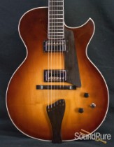 Benedetto Bambino Antique Burst Archtop Guitar S1052 - Used