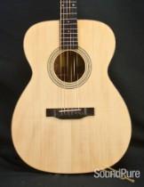 Eastman E10OM Adirondack/Mahogany Acoustic Guitar 5638