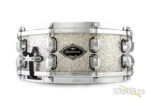 Tama 5.5x14 Starclassic Performer Snare Drum-Platinum