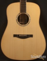 Eastman AC820 Dreadnought Acoustic Guitar 10835407 - Demo