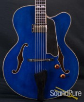 Eastman AR580CE-BLU Archtop Electric Guitar 5320