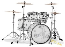DW 5pc Design Series Clear Acrylic Drum Set
