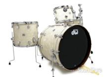DW 3pc Collectors Series Mahogany Drum Set-Vintage Marine