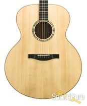 Eastman AC630 Jumbo Acoustic Guitar #5239 RARE!
