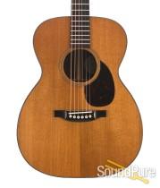 Bourgeois Aged Tone Adirondack/Ziricote OM Acoustic Guitar