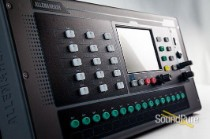 Allen & Heath QU-PAC-32 Compact Digital Mixer w/ Touchscreen