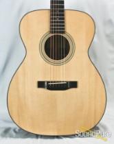 Eastman E10OM Adirondack/Mahogany Acoustic Guitar 5563