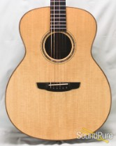 Goodall Concert Jumbo Sitka/Rosewood Acoustic #5946 - Used