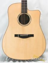 Eastman AC820CE Cutaway Dreadnought Acoustic #10455136