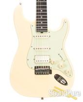 Michael Tuttle Custom Classic S Vintage White IRW HSS #390