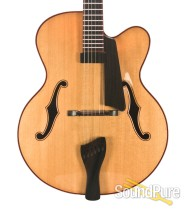 """Buscarino Collector Series Custom Monarch 17"""" Archtop - Used"""