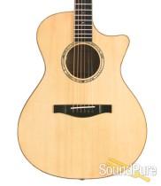 Eastman AC608CE Grand Concert AC/Elec Guitar #10245108