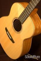Goodall Concert Jumbo 5457 Acoustic Guitar