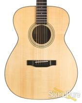 Eastman E10OM Adirondack/Mahogany Acoustic #10755964