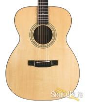 Eastman E10OM Adirondack/Mahogany Acoustic #10555827