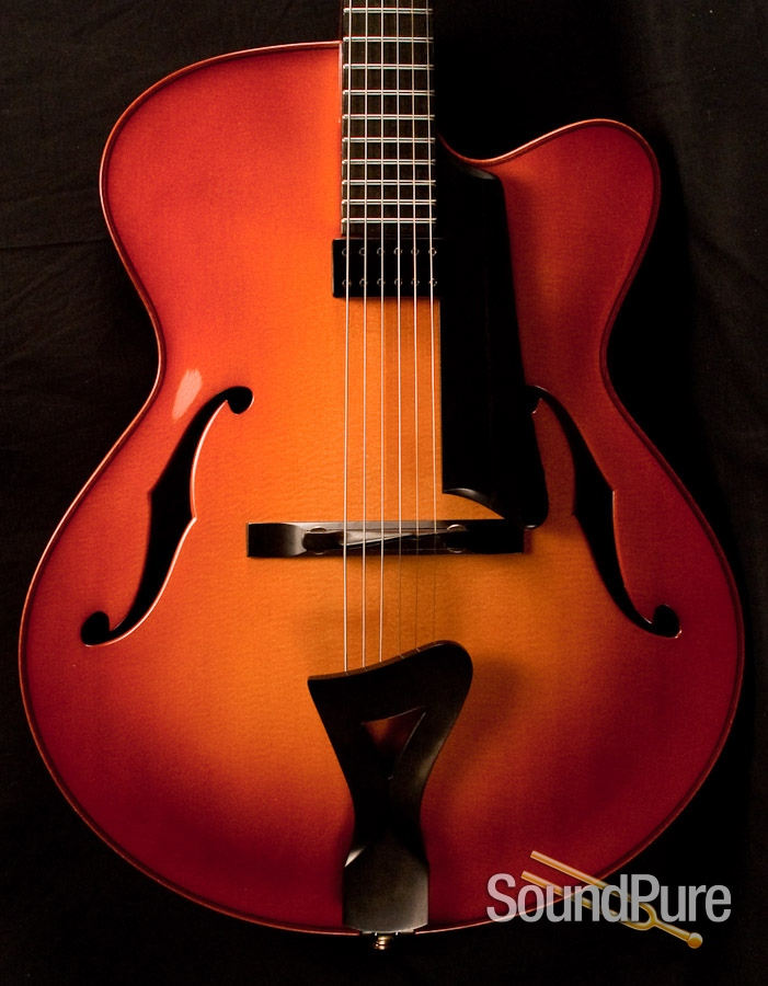 The Acoustics of Archtops: Bill Comins Concert, Tom Bills Natura Deluxe, Buscarino Monarch Custom