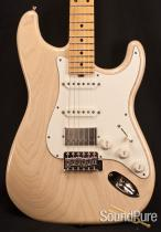 Tuttle Trans White Custom Classic S Electric Guitar 202