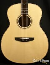 Goodall Mahogany Concert Jumbo Acoustic Guitar