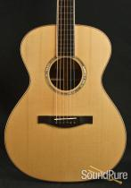 Eastman AC808 Acoustic Guitar 120960003