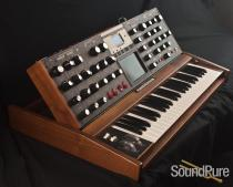 Minimoog Voyager Select Series Walnut with Blue LED's - Used