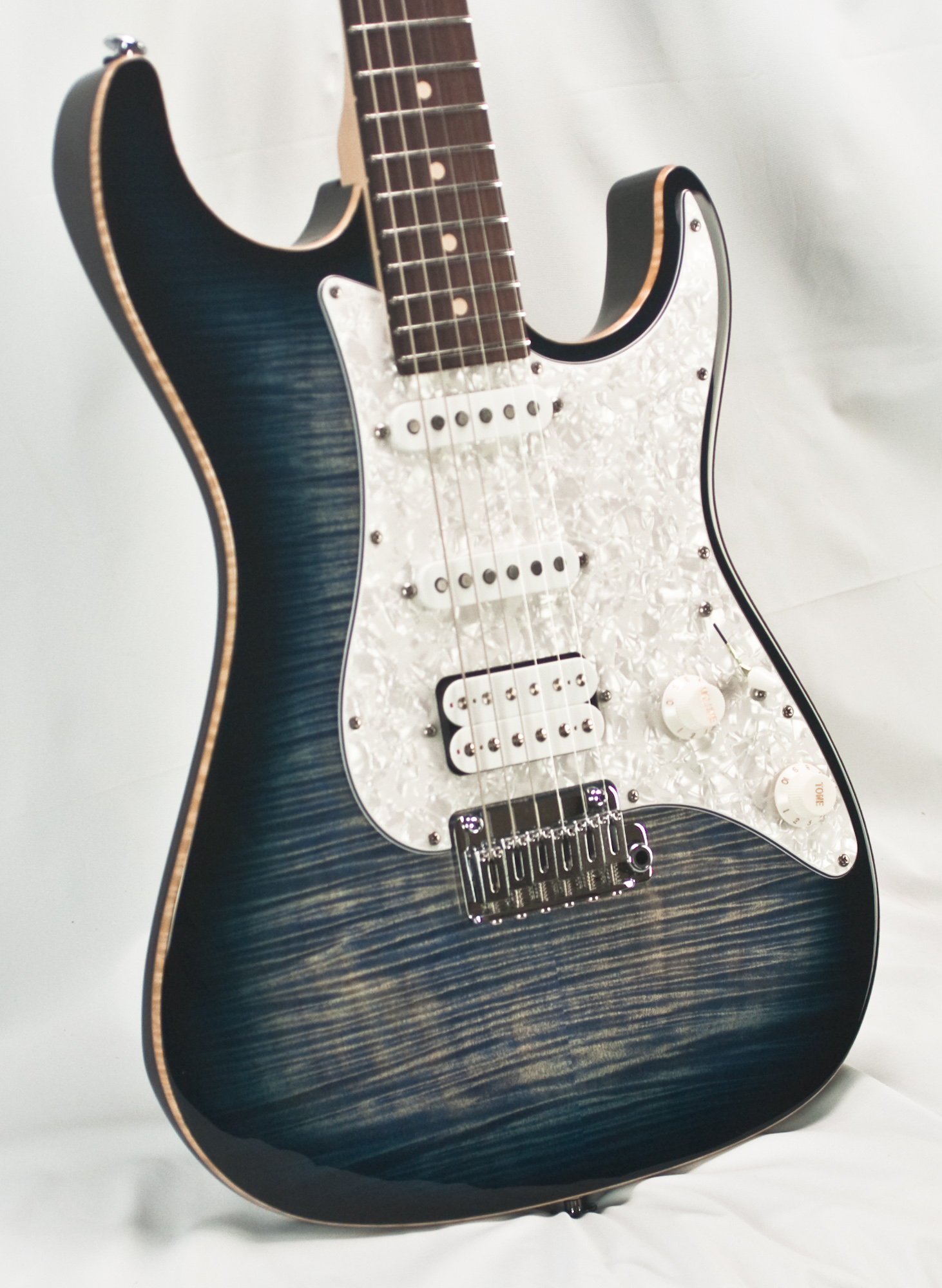 Suhr Standard Pro Faded Trans Whale Blue Burst Irw Guitar